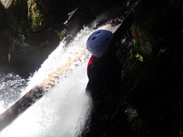 沢登り シャワークライミング