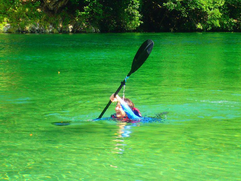 水遊びは自由!パドリング遊泳で楽しむ