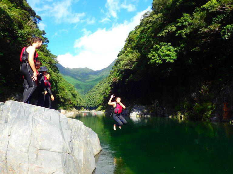 安房川カヌーでツアーを楽しむ♪