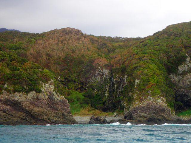 洞窟 海サップ 落水の滝